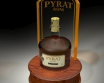 Pyrat-Bottle-Glorifier-Render-cherry-wood-base